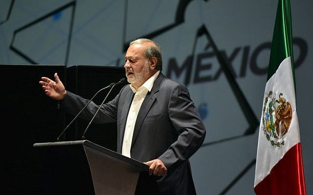 Carlos Slim Hélu speaking at the opening of the Aldea Digital, Mexico City, Mexico, March 16, 2013. (CC BY ITU Pictures, Flickr)