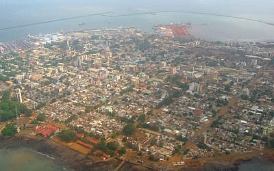 Aerial view of Conakry, capital of the Republic of Guinea. (CC BY-SA, Wikipedia)
