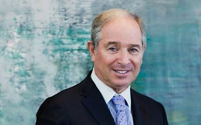 Stephen Schwarzman in 2015 (CC BY-SA Lishabai Yi/Wikimedia Commons)