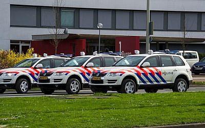 An illustrative photo of Dutch police cars. (CC BY-SA, Wouterjan Stikkel/Wikimedia)