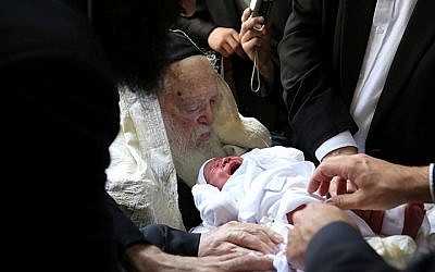Illustrative: Rabbi Chaim Kanievsky seen at a circumcision ceremony in Israel on May 02, 2016. (Yaakov Cohen/Flash90)