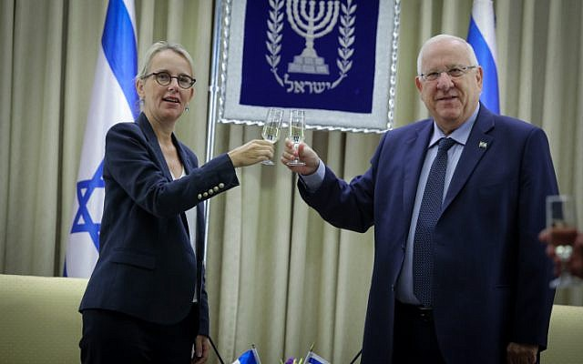 Incoming French ambassador to Israel Helene Le Gal with President Reuven Rivlin during a ceremony for new ambassadors at the President's residence in Jerusalem, December 12, 2016. (Isaac Harari/Flash90)