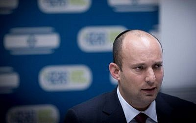 Jewish Home party chairman Naftali Bennett leads a party faction meeting at the Knesset, on December 12, 2016. (Yonatan Sindel/Flash90)