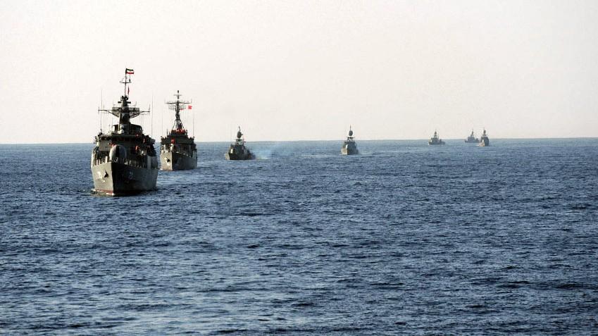 Bildergebnis für marine maneufer of iran in the strait of hormuz images