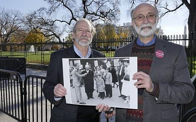 Michael Meeropol and brother Robert Meeropol outside the White House at a December 1, 2016, Washington, DC, rally aimed at clearing their mother's name. (Alan Heath/Rosenberg Fund for Children)
