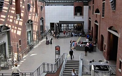 A view of the interior of the U.S. Holocaust Memorial Museum in Washington, D.C., in 2010. (Wikimedia Commons)