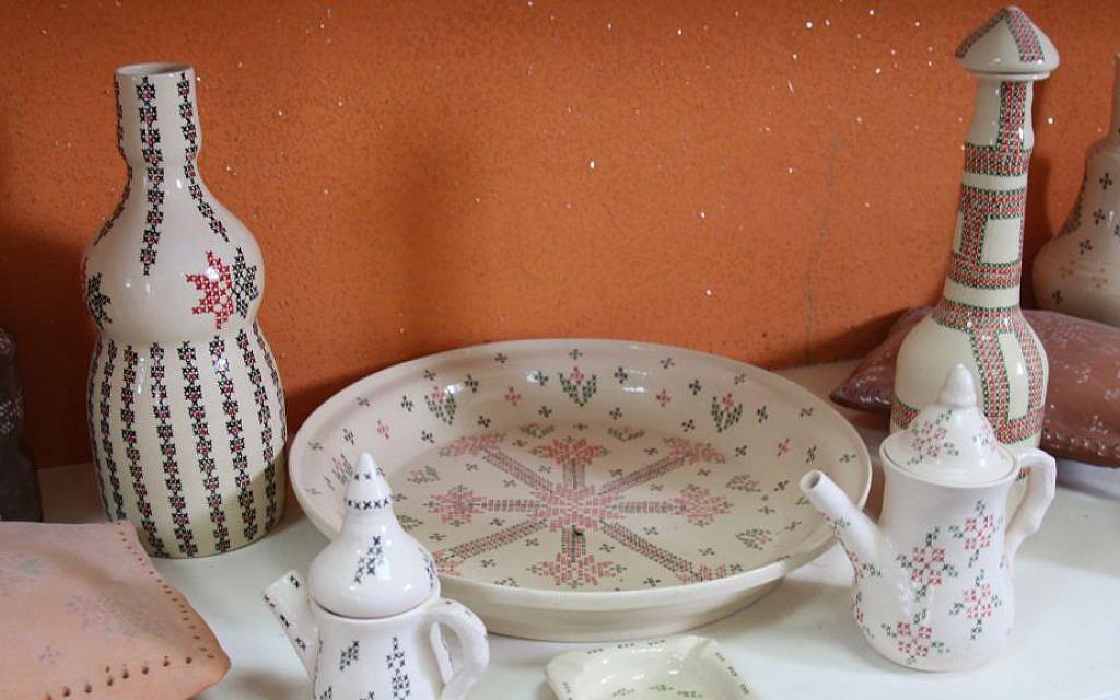 Ceramics made by Bedouin artist Zenab Garabia. Garabia runs a gallery in the village of Segev Shalom. (Shmuel Bar-Am)