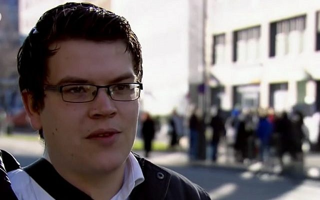Former German neo-Nazi Felix Benneckenstein now helps others leave far-right extremist organizations (screen capture: YouTube)