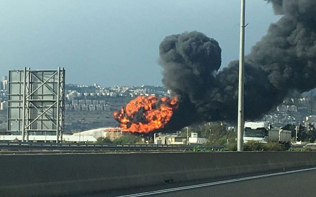 A gasoline tank caught fire at the Haifa oil refinery on December 25, 2016. (Israel police)