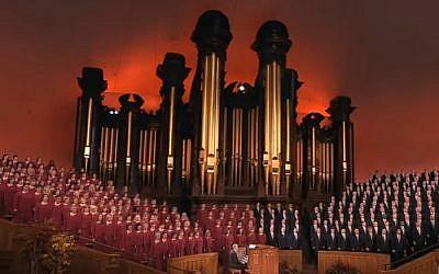Mormon Tabernacle Choir (screen capture: YouTube)