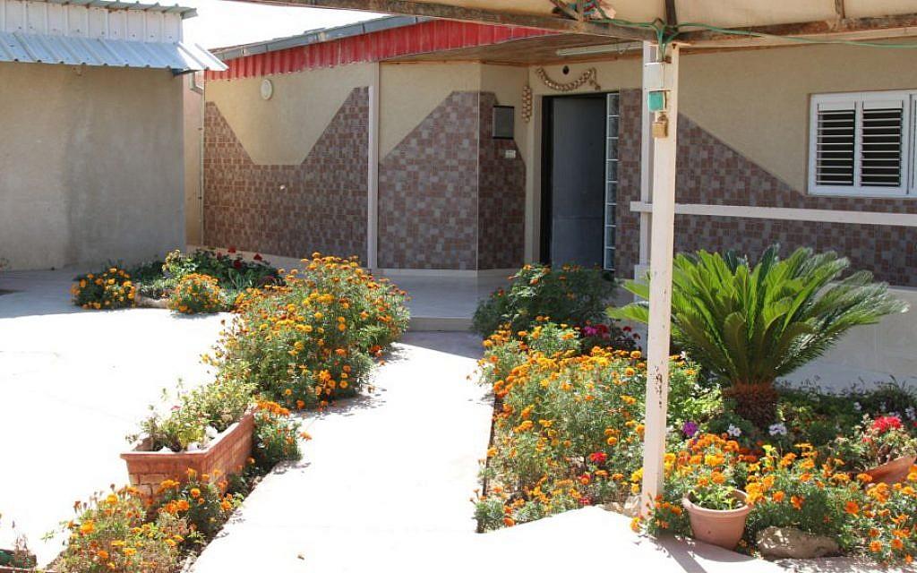 Art teacher Zenab Garabia's home in the Bedouin community of Segev Shalom. (Shmuel Bar-Am)