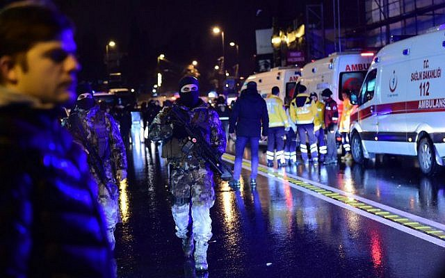 Turkish police special forces and ambulances are seen at the site of an armed attack on an Istanbul nightclub, January 1, 2017. (Yasin Akgul/AFP)
