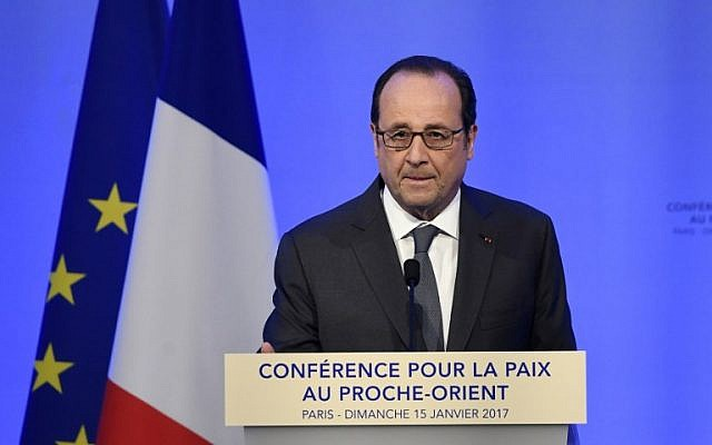 French President Francois Hollande delivers a speech at the Mideast peace conference in Paris on January 15, 2017.(AFP PHOTO / POOL / bertrand GUAY)