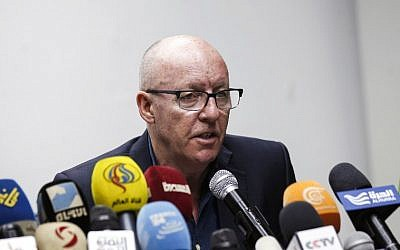 United Nations Humanitarian Coordinator in Yemen Jamie McGoldrick gives a press conference in the Yemeni capital Sanaa, January 16, 2017. (AFP/MOHAMMED HUWAIS)