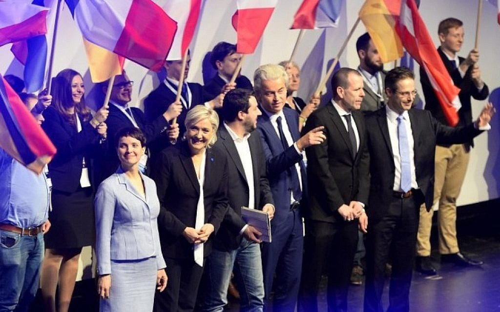 (L-R) Frauke Petry of the anti-immigration Alternative for Germany (AfD), French National Front (FN) leader Marine Le Pen, Matteo Salvini of Italy's xenophobic Northern League and Geert Wilders of the Dutch far-right Freedom Party arrive for a meeting on January 21, 2017 in Koblenz, Germany. (AFP Photo/Roberto Pfeil)