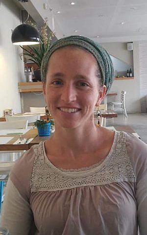 """Soulful Parenting"" facilitator Maayan Rabinovich (Simona Weinglass/The Times of Israel)"