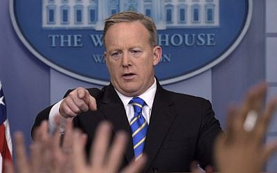 White House press secretary Sean Spicer calls on a reporter during the daily briefing at the White House in Washington, Tuesday, Jan. 24, 2017.  (AP Photo/Susan Walsh)