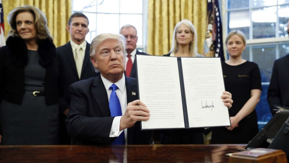 Hawaii to be first US state to sue over latest travel ban