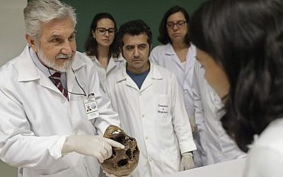 Forensic doctor Daniel Muniz displays the skull of Nazi war criminal Josef Mengele at the School of Medicine, University of Sao Paulo, Brazil, December 7, 2016.  (AP/Andre Penner)