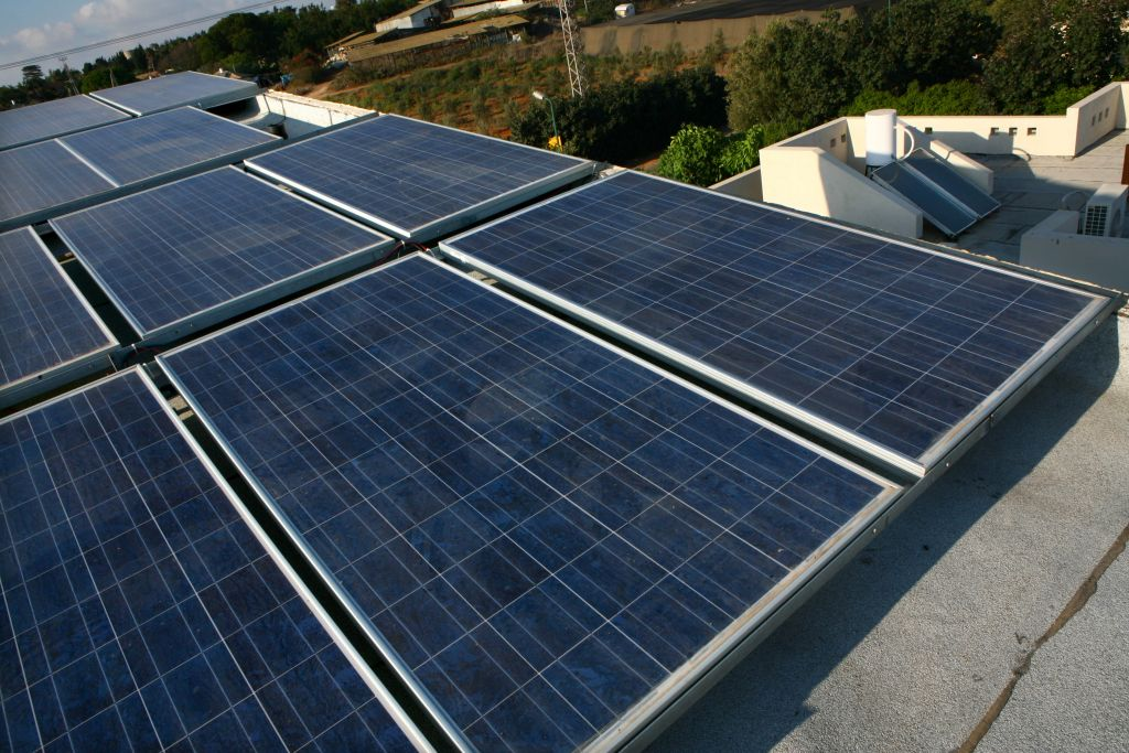 Illustrative photo of solar panels on the roof of a private home, August 13 , 2009. (Chen Leopold / Flash 90)