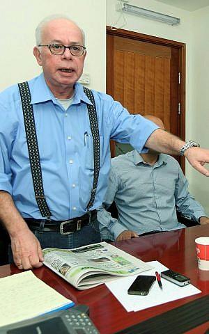 Editor of the free Hebrew daily Israel Hayom Amos Regev. April 9, 2012. (Moshe Shai/Flash90)