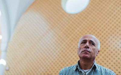 Israel nuclear program secrets leaker Mordechai Vanunu at a hearing in the Supreme Court in Jerusalem on October 26, 2015. (Yonatan Sindel/Flash90)