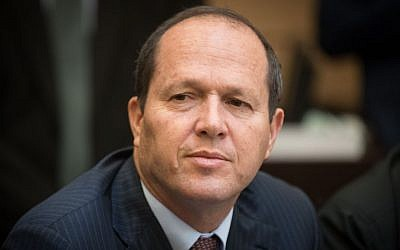Jerusalem Mayor Nir Barkat attends a Forum of heads of Local authorities meeting at the Knesset, in Jerusalem, December 21, 2016. (Yonatan Sindel/Flash90)