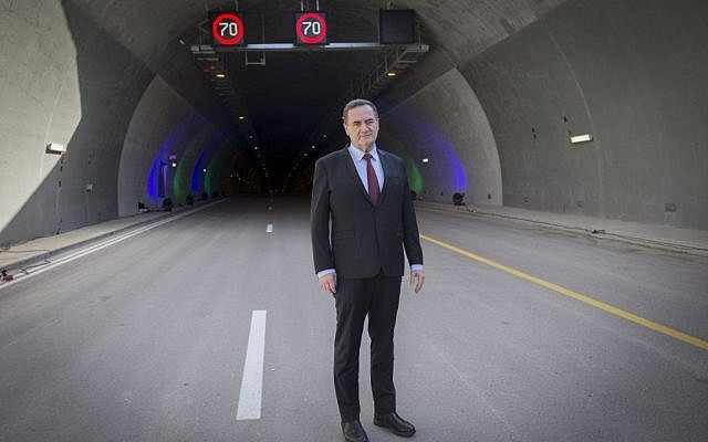 Transportation Minister Yisrael Katz poses for a picture during a ceremony to open the new Harel tunnels on the Route 1 Tel Aviv-Jerusalem highway on January 19, 2017. (Photo by Yonatan Sindel/Flash90)