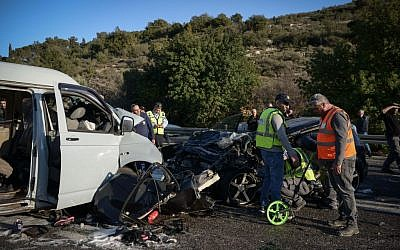 The scene of a deadly car accident in which 4 people were killed and 4 others wounded, on route 866, near Karmiel, in northern Israel, January 23, 2017. (Basel Awidat/Flash90)