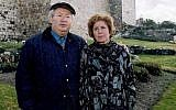 Nazi hunter Serge Klarsfeld with his wife and Nazi war crimes investigator Beate Klarsfeld. (CC BY, Klarsfeld Foundation, Wikipedia)