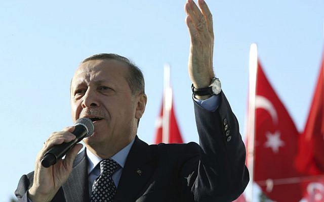 Turkey's President Recep Tayyip Erdogan addresses a rally in Sanliurfa, Turkey, January 6, 2017.  (Yasin Bulbul/Presidential Press Service, Pool photo via AP)