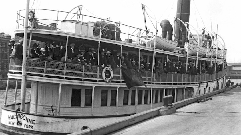 Immigrants arriving at Ellis Island aboard the Machigonne ferry. New York, New York: August 21, 1923 (Photo by Underwood Archives/Getty Images)