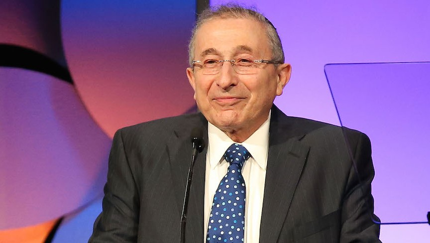 Rabbi Marvin Hier speaking at the Simon Wiesenthal Center's 2015 National Tribute Dinner in Beverly Hills, Calif., March 24, 2015. (JTA/Imeh Akpanudosen/Getty Images)