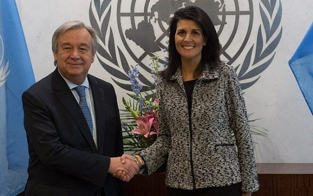United Nations Secretary-General António Guterres shaking hands with new US Ambassador to the United Nations Nikki Haley at the United Nations in New York, January 27, 2017. (AFP/Bryan R. Smith)