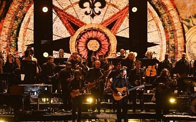 Recording artist Sturgill Simpson (C) performs onstage during The 59th Grammy Awards at the Staples Center on February 12, 2017 in Los Angeles, California. (Kevin Winter/Getty Images for NARAS/AFP)