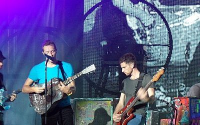Coldplay performing in Toronto on Sept 21, 2011. (CC, BY-SA, Wikimedia)