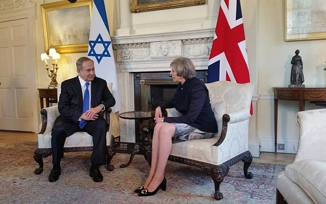 Prime Minister Benjamin Netanyahu meets with his British counterpart, Theresa May, in London on Monday, February 6, 2017 (Raphael Ahren/Times of Israel)