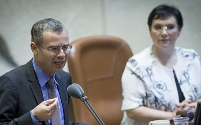 Tourism Minister Yariv Levin speaks at the Israeli parliament in Jerusalem during a special session about the Israel Railways work on Shabbat on September 19, 2016. (Yonatan Sindel/Flash90)