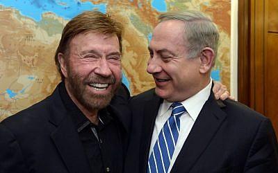 Prime Minister Benjamin Netanyahu meets with American actor Chuck Norris, at the Prime Minister's Office in Jerusalem on February 08, 2017. (Haim Zach/GPO)