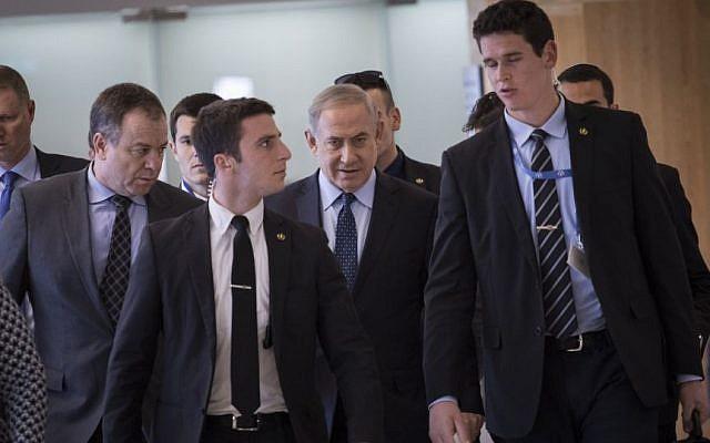 Prime Minister Benjamin Netanyahu arrives at a Likud faction meeting in the Knesset, February 27, 2017. (Yonatan Sindel/Flash90)