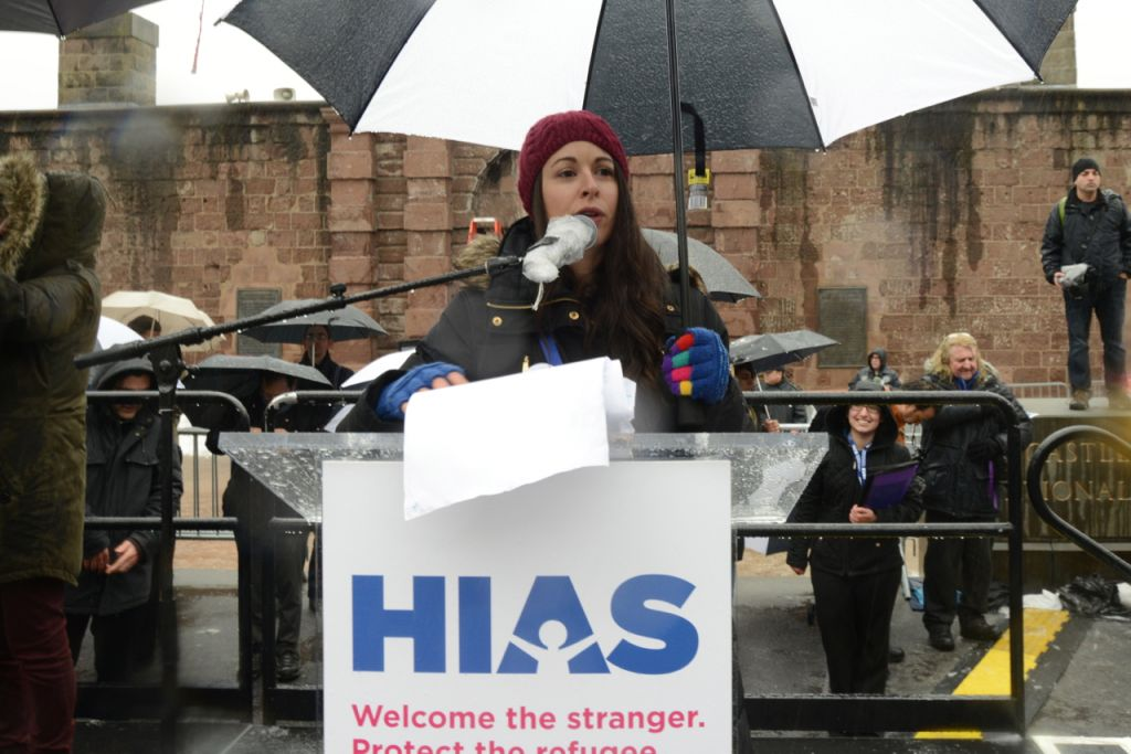 Rabbi Shira Koch Epstein, Executive Director, 14th Street Y, emcees the Jewish Rally for Refugees in Battery Park, New York, on February 12, 2017. (Courtesy HIAS)