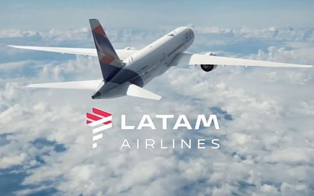An illustration of a Latam airlines plane flying in the air. (Screen capture/YouTube)