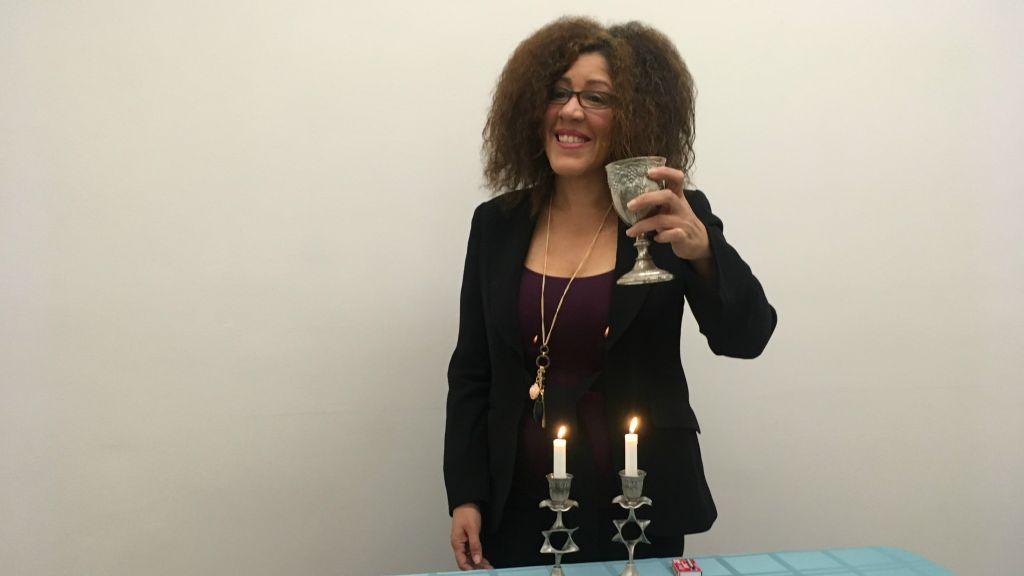 Rain Pryor rehearsing for her one-woman show, 'Fried Chicken and Latkes.' (Courtesy)