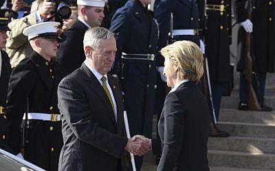 Defense Secretary Jim Mattis greets German Defense Minister Ursula von der Leyen during an enhanced honor cordon at the Pentagon, Friday, Feb. 10, 2017. (Kevin Wolf/AP)