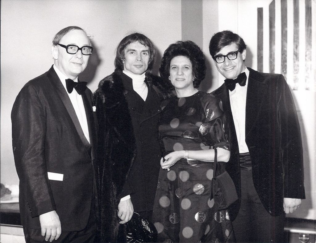 Victor, Lilian and Simon Hochhauser with Rudolf Nureyev. (Courtesy)
