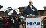 New York City Mayor Bill de Blasio speaking at the HIAS rally in New York, Feb. 12, 2017. (Gili Getz via JTA)