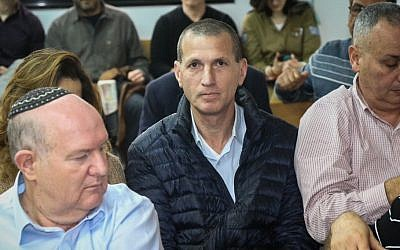 Listening to a Tel Aviv Labor Court hearing against the resignation of El Al pilots who also serve as flight inspectors, February 15, 2017. Photo by Flash90