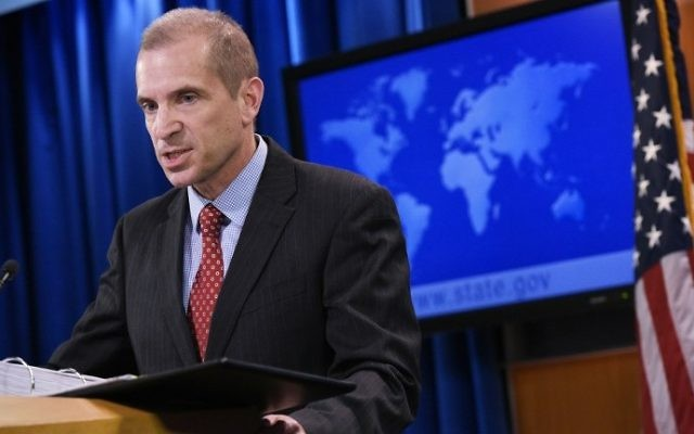 State Department acting spokesperson Mark Toner speaks during a briefing in the State Department on March 7, 2017 in Washington, DC. (AFP PHOTO / Mandel Ngan)