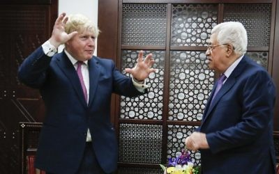 British Foreign Secretary Boris Johnson meets with Palestinian Authority President Mahmoud Abbas in the West Bank city of Ramallah on March 8, 2017. (AFP PHOTO / ABBAS MOMANI)