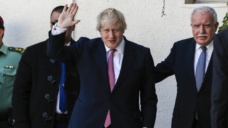 British Foreign Secretary Boris Johnson meets with Palestinian Authority Foreign Minister Riyad al-Maliki in the West Bank city of Ramallah on March 8, 2017. (AFP PHOTO / ABBAS MOMANI)